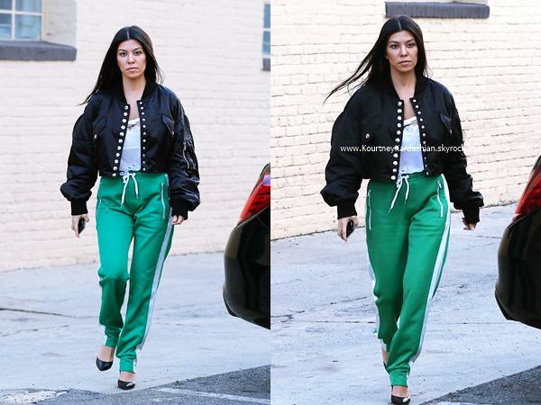 09/02/2017 : Kourtney quittant un bureau à West Hollywood.