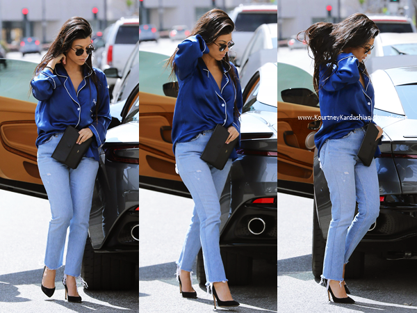 20/03/2017 : Kourtney dans les rues de Los Angeles.