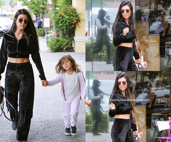 30/05/2017 : Kourtney et son fils Mason arrivant/quittant un cours d'art à Los Angeles