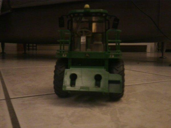 Ensileuse JOHN-DEERE 7400 / Miniature