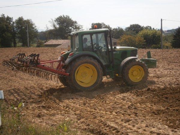 Griffonnage 2011 - JD 6320 & Quivogne 4m - 31 Aout 2011