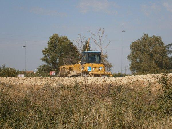 Chantier de T.P. --> Camions, Tomberaux et Pelleteuses - 23 Août 2011