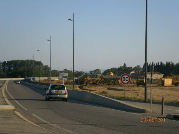 Chantier de T.P. --> Camions, Tomberaux et Pelleteuses - 24 Août 2011