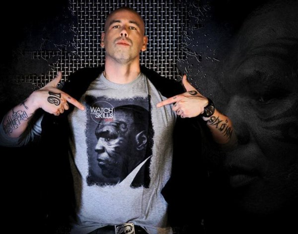 Immortel II : Premier titre Début Avril !!!!  En mode patate de Tyson  (Tshirt dispo : http://watch-my-skills.com/fr/)