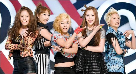 28.04.11|Débuts des f (x) sur M! Countdown!