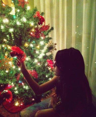 <<Noël n'est heureux que pour les enfants et les amoureux. >>