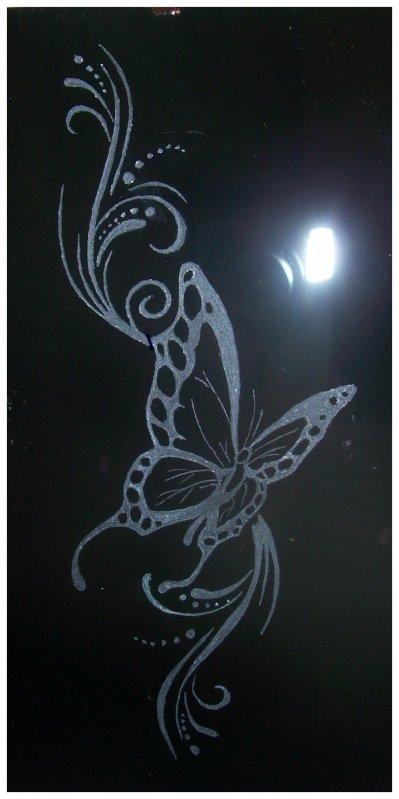 gravure sur verre faite par moi timing et tatouage. Black Bedroom Furniture Sets. Home Design Ideas