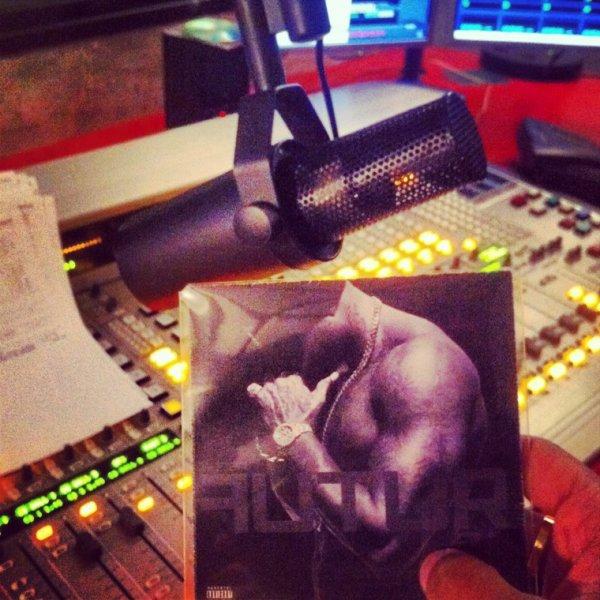 Le cd du booba / gims que je vous passe sur Skyrock