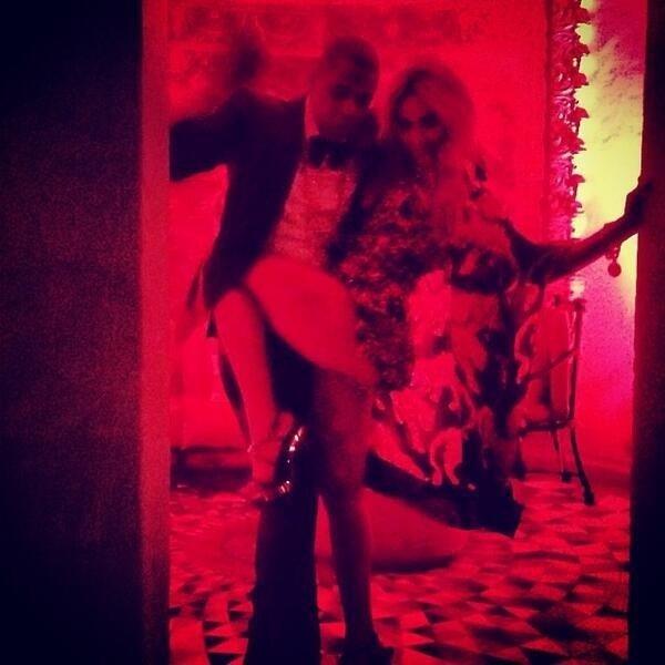 Beyoncé en mode nouvel an avec Jay Z au Manoir Gianni Versace (Miami)