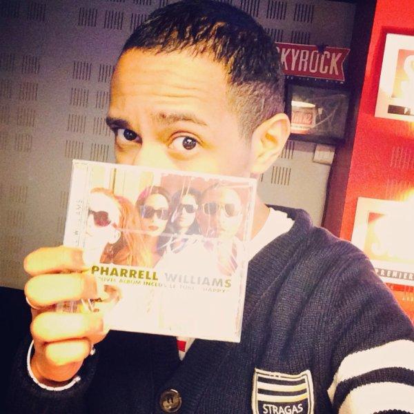 Prêt pour #PharrellSurSkyrock à 19h? L'album en intégralité et en exclu sur Skyrock