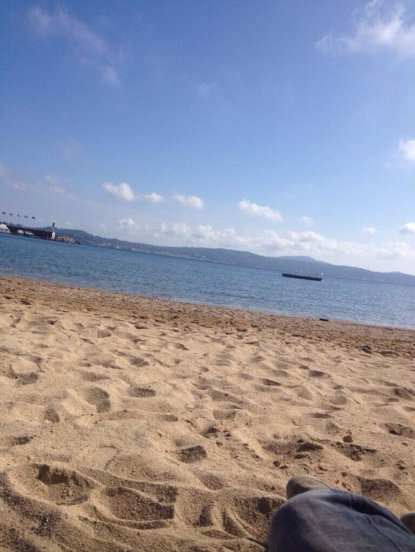 Romano au calme à la plage ;)