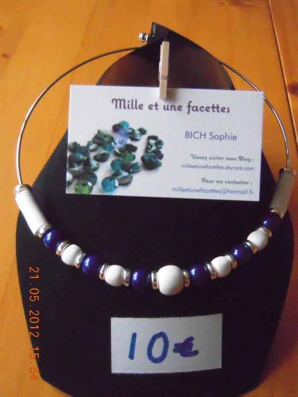 collier perles multicolores