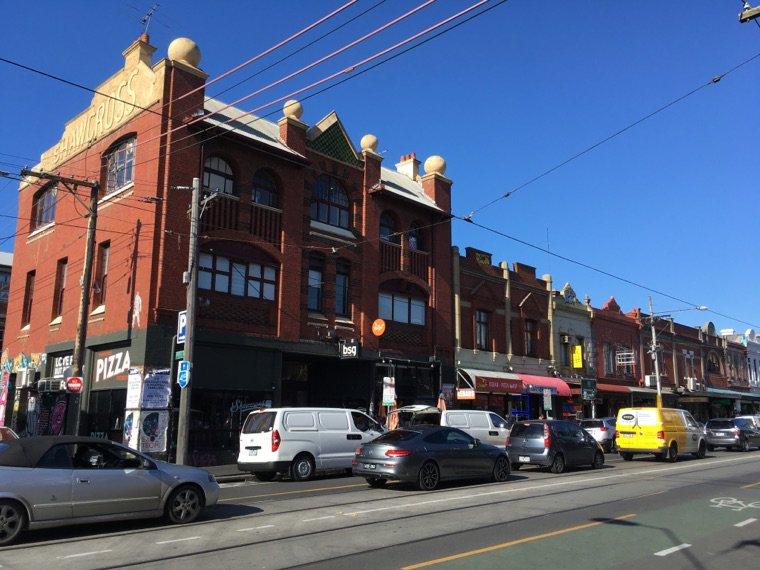 Melbourne 2/2