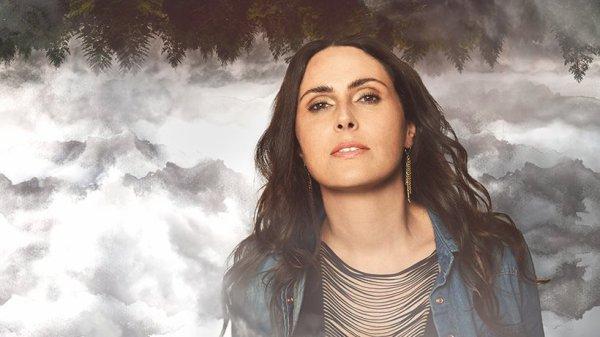 """<=== Sharon propose un nouveau single """"Crash and burn"""", et une nouvelle chanson, extrait de """"My indigo"""", qui s'intitule """"Out of the Darkness"""""""