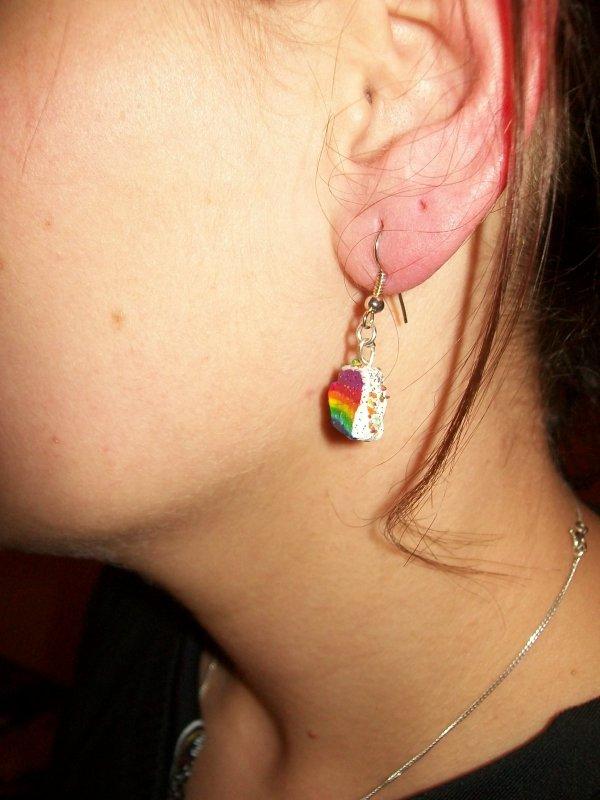 Boucles d'oreilles gateau multicolores