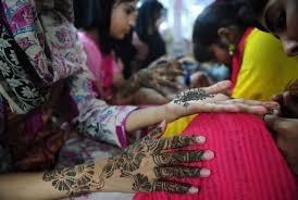 henna dans le coiffeur