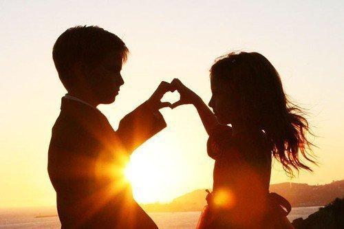 Aimer est un verbe qui se conjugue a touu les temps.Mais il n'est beau qu'au present.