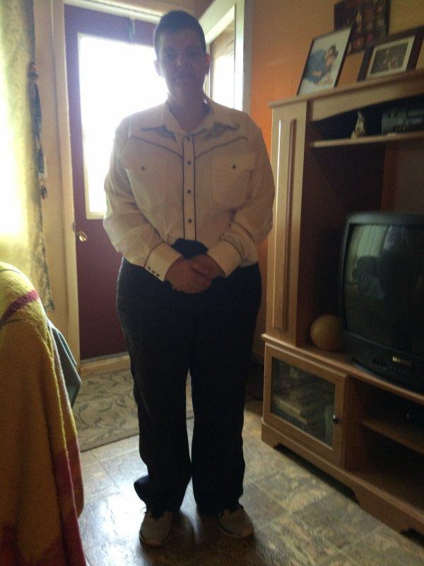 J'vais être habiller comme ça demain matin (Samedi) au funéraille de mon p'tit papa