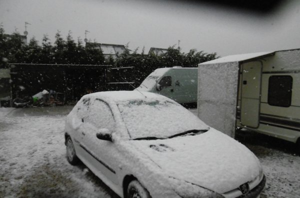 sa neige chez nous  a 9H30 30/04/2018