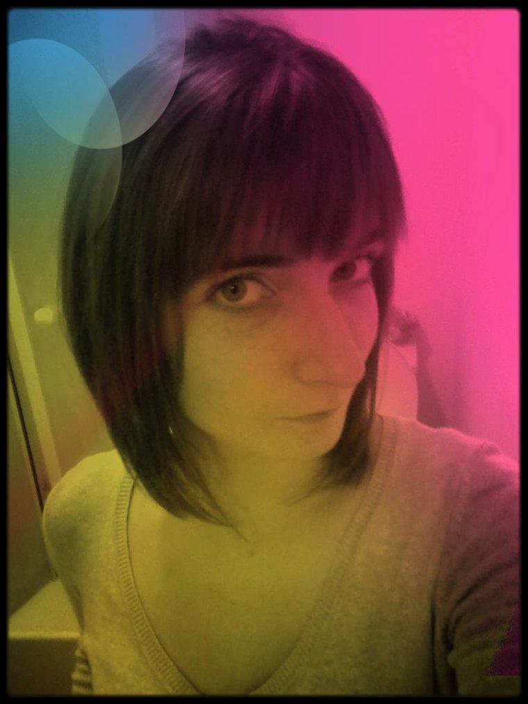 Nouvelle coupe de cheveux :D Qu'en pensez vous  ;)