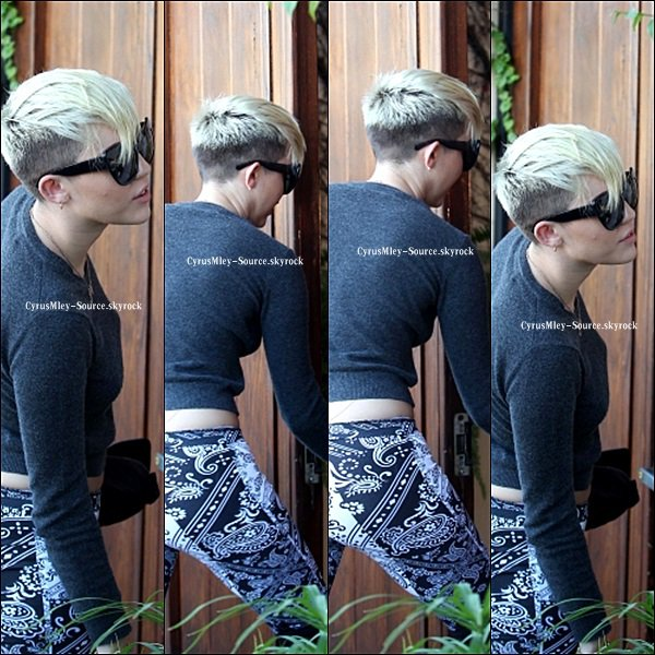 Miley au studio d'enregistrement (FLASHBACK)