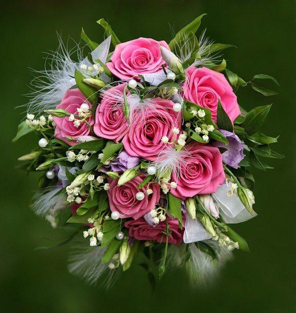 Quelques belles roses en cette fin du mercredi soir :)