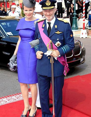 En images : le style de notre future reine Mathilde