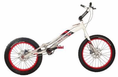 Monty Kamel 221, le vélo de mes reves :)