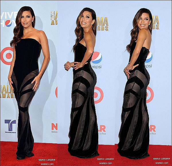 - 16/09 : Eva longoria posant sur le tapis rouge pour la presse room  pour les « Alma Awards 2012 » .  -