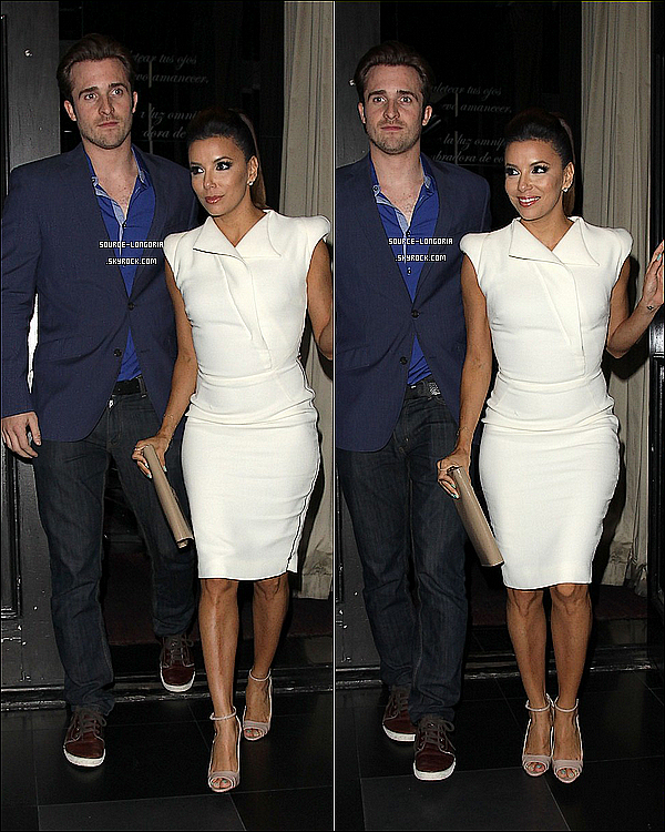 - 23/04/13: Eva et son fameux ami Ernesto Arguello sortant du restaurant de la belle   «BESO  »à Los Angeles. -