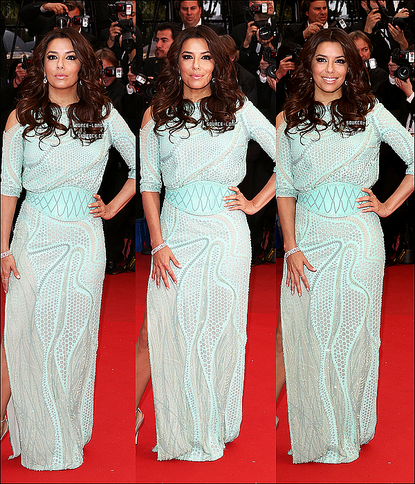 - 18/05: Eva montant les marches pour la deuxième fois en tant que l'égérie  de l'Oréal , au Grand Palais de Cannes.Magnifique  , quelle est belle !!! elle représente très bien l'Oréal , elle était avec Cheryl Cole , Jane Fonda et Doutzen Kroes ♥   -