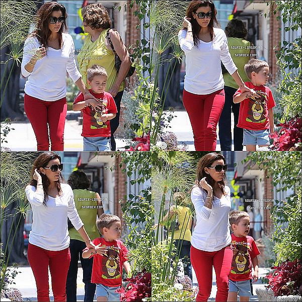 - 23/07/13 : Eva , rejoignant sa maman et son neveu pour aller au salon de coiffure de son meilleure ami Ken Paves. -