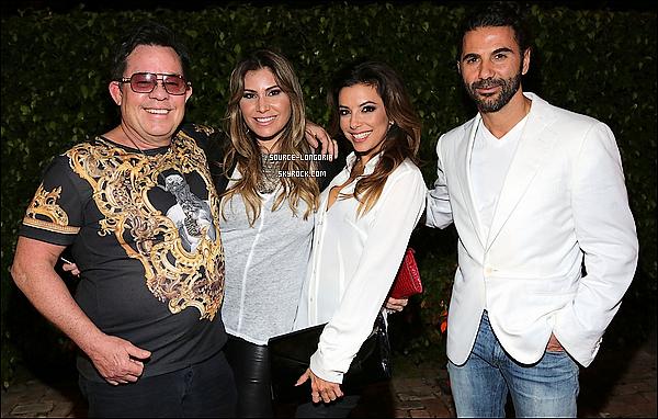 - 06/12/13 : Eva Longoria  s'est rendue à l'évènement à Miami en compagnie de ses amis et son chéri .  -