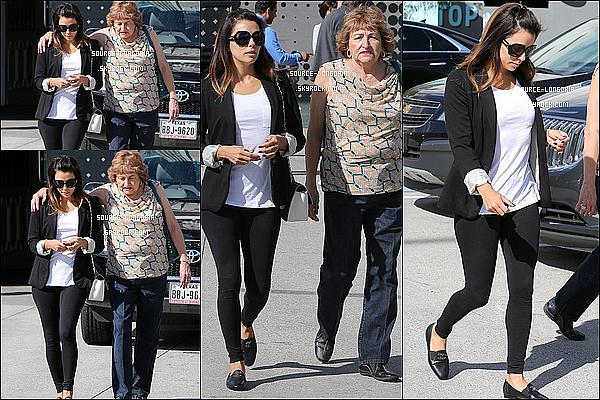 - 27/02/2014 : Eva  accompagnée de sa maman sont allées prendre le petit-déjeuner au «The 101 Coffee Shop»   -