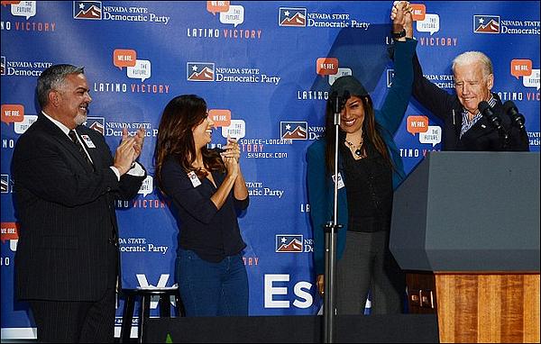 - 01/11/14 : Notre  Eva Longoria était présente à une élection politique avec le Vice-président Joe Biden à Las Vegas. -
