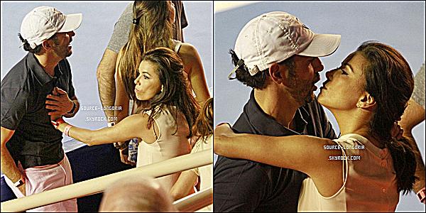 - 01/03/15: Eva et son amoureux José Baston sont allés voir un match de tennis au Mexique, trop chou. ♥ -