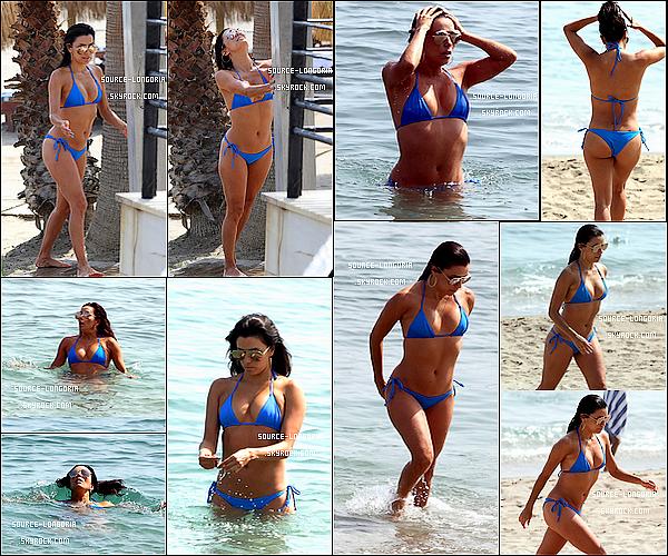 - 03/07/15: C'est en Espagne à Marbella , que miss Eva est venue passer du bon temps sur la plage avec ses amis.-