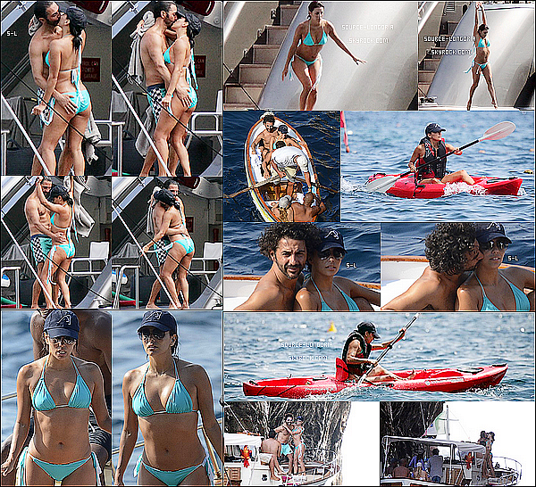 - 13/07/15: Eva Longoria et sa bande d'amis ont étaient photographiée sur un  yacht  à Capri en Italie.Trop chou !! -