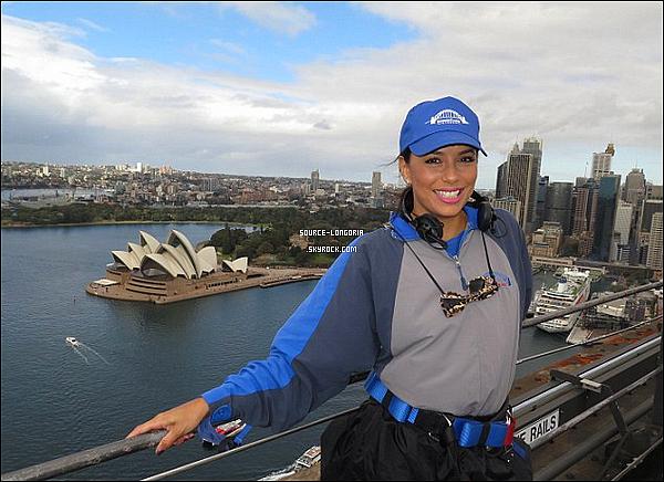 - 20/07/15: Eva Longoria et José sont allés  sur le Bridge Climb à Sydney en Australie. -