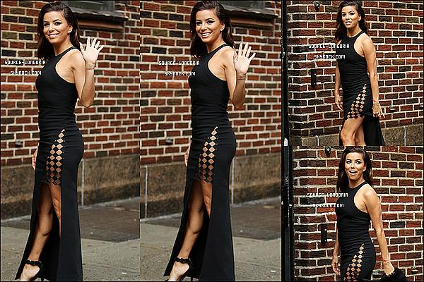 - 16/02/2016: Eva Longoria s'est rendue sur le plateau de l'émission « The Late Show » à New York. J'adore cette sortie elle est magnifique j'adore sa robe ses talons, elle est vraiment parfaite !! et toi donne ton avis?   -