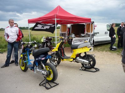 Scoot Fast tours