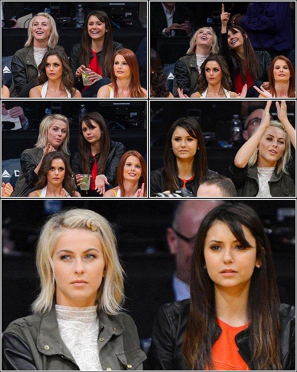 Le 17 mars 2013, Nina et la chanteuse Julianne Hough, sont allées supporter l'équipe des Lakers à L.A.