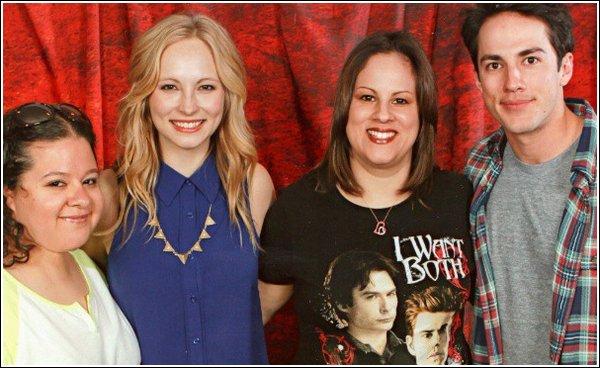 Le 6 Avril, Candice et ses co-stars dont Michael Trevino, étaient présents à la convention TVD de Chicago.