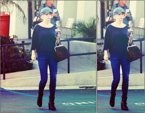 Candice a été vu récemment dans les rues de Los Angeles.