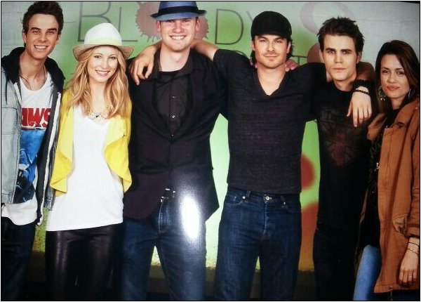 Le 11 Mai 2013, Candice était à la convention Bloody Night Con à Bruxelles.