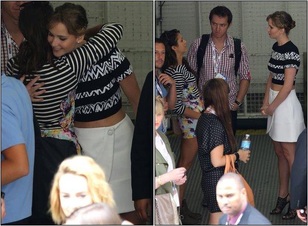 Le 20 Juillet , Nina et ses co-stars serendaientau Comic Con 2013 de San Diego.