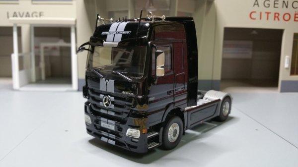 tracteur mercedes benz actros 1846 ls mp3 black liner. Black Bedroom Furniture Sets. Home Design Ideas