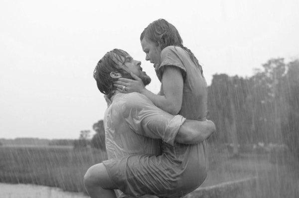 Le plus bel amour est celui qui éveille l'âme, et nous fait nous surpasser. Celui qui enflamme notre c½ur et apaise nos esprits. C'est ce que tu m'as apporté.