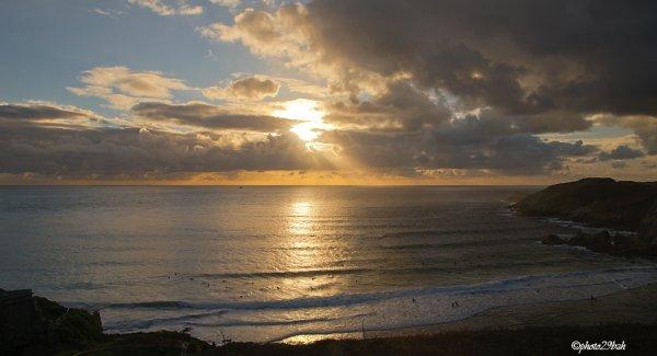les derniers rayons à la plage du petit minou à Plouzané