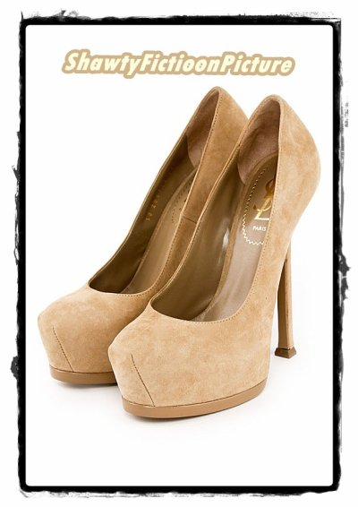 Les chaussures que Kayla achète